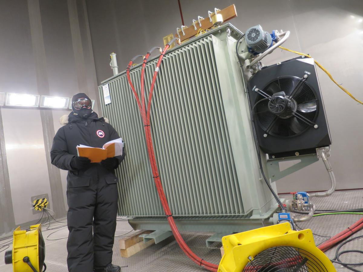 Sgb Smit Wind Turbine Transformer Tested To The Extreme Owi Lab Test Programme Can Investigate Whether Transformers Be Connected With High Voltage Cables In Those Conditions And Discover If Electric Insulation